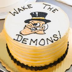 A Waker Forest Demon Deacons round cake. Cake # 024.