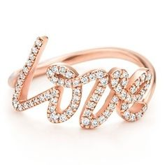 i want this ring!!!<3 so cute:)