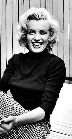 Marilyn Monroe photographed by Alfred Eisenstaedt, 1953.
