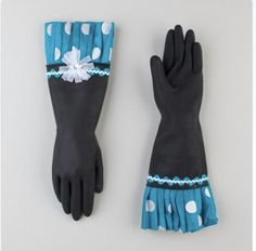 Adorable dishwasher gloves from Etsy