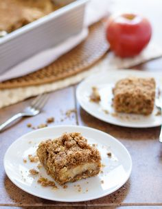 Vegan Caramel Apple Crisp Bars. Even better than apple crisp, and you can take to go! (can be made non-vegan too).