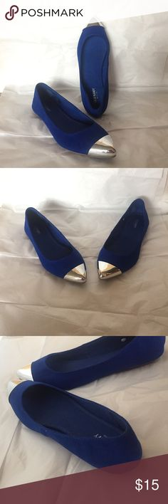 Old Navy Royal blue and silver flats Size 9 and in great condition. Old Navy Shoes Flats & Loafers