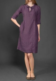 Dark aubergine purple linen dress with a Peter by LinenSupplies Women's Dresses, Linen Dresses, Cotton Dresses, Maxi Dress With Sleeves, Short Sleeve Dresses, Short Beach Dresses, Kurta Designs, Collar Dress, Clothes