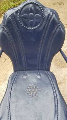 Mid-century Interstate vintage metal lawn chair. See history at www.midcenturymetalchairs.com