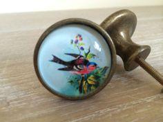 BIRD DRAWER KNOBS, BRASS EFFECT CUPBOARD DOOR KNOB HANDLE PULL, VINTAGE CHIC | eBay