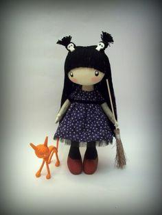 Кукла Маленькая ведьма с красным кошкой, DollsLittleAngels на Etsy, $ 150.00