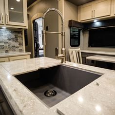 A single deep composite sink with seamless covers to continue adding to usable space. Fifth Wheel Living, Luxury Fifth Wheel, Luxury Rv, Rv Living, Sink, Deep, Space, Design, Home Decor