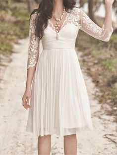 V-neck Knee-length Short Lace Chiffon Bridesmaid Dress Wedding Dress Prom Dress 2014 with Half Sleeves