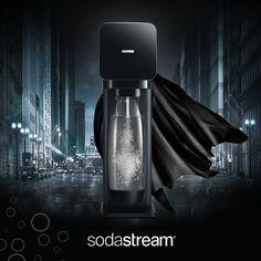 Il nostro elegante gasatore Play Black disegnato da Yves Behar. #acquafrizzante #acqua #gasatore #design #nero