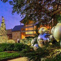 """Visit Georgetown Texas on Instagram: """"Happy Holi-yays!🎄🌟 Wolf Ranch Town Center is all spruced up for your shopping and dining.🛍️😋 Don't forget to visit on Saturday mornings…"""" Georgetown Texas, Happy Holi, Saturday Morning, Mornings, Don't Forget, Ranch, Wolf, Mansions, Dining"""
