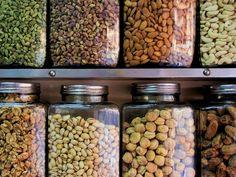 Beneficios e Inconvenientes de los Frutos secos Beans, Vegetables, Fitness, Food, Herbs, Medicinal Plants, Food Items, Health, Essen