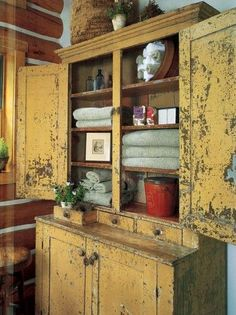 Don't ever refurbish an antique or vintage furniture! They are beautiful the way they are. 5 Ways to Refurbish Vintage Furnishings: Save money by turning timeworn objects into beautiful decor. Primitive Cabinets, Primitive Furniture, Country Furniture, Vintage Furniture, Painted Furniture, Prim Decor, Country Decor, Rustic Decor, Primitive Decor