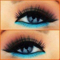 Gorgeous lower-lashline colour! #WinWayneGossTheCollection