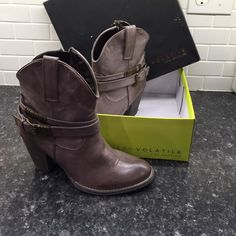 Very Volatile LA Harvey Boots❤️ Brand new in box- true to size, maybe run a little big. Very Volatile Shoes Ankle Boots & Booties