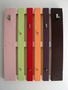 Decorating , Top 10 Wood Pallet Projects for your House : Wood Pallet Projects Colorful Diy Coat Rack Of A Pallet 5 Art Mural Palette, Palette Diy, Pallet Coat Racks, Diy Coat Rack, Pallet Shelves, Coat Hanger, Wooden Pallet Projects, Pallet Crafts, Pallet Ideas