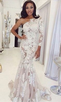 One Shoulder Lace Prom Dresses One Long Sleeve Lace Appliques Mermaid Sweep Train White Evening Gowns