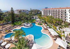 Vista general del hotel y de la piscina #h10andaluciaplaza #andaluciaplaza #h10hotels #h10 #hotel10