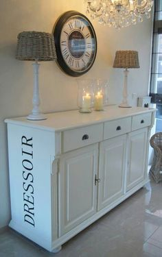 dressoir Furniture Makeover, Home Furniture, Closet Drawers, Distressed Painting, Decoration, Living Room Designs, Painted Furniture, Hall Tables, Sweet Home
