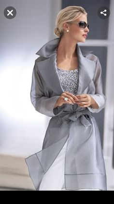 Ahh, The Pretty Things Grey Fashion, Fashion 2020, Look Fashion, Fashion Beauty, Womens Fashion, Fashion Design, Fashion Trends, Classy Outfits, Beautiful Outfits