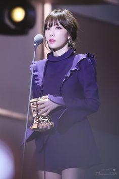 taeyeon mama 2016