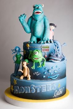 Monsters inc Cake. Fondant. Mike & sully