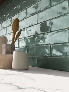 Crossroad Brick by ABK.Expert – Distributor of Italian and Spanish Tiles Italian. Kitchen Tiles, Kitchen Decor, American Kitchen, Brick And Wood, Tile Design, Interior Design Kitchen, Home Deco, Interior Inspiration, Home Kitchens