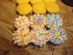 Flower cubcakes