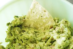 THIS IS SERIOUSLY THE YUMMIEST GUAC RECIPE GUYS!!! My mom makes it all the time!! :) Pico de Gallo and Guacamole | The Pioneer Woman Cooks | Ree Drummond