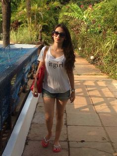 Bollywood Celebrities, Swimsuits, Bikinis, Everyday Fashion, Desi, Singers, Goal, Actresses, Models