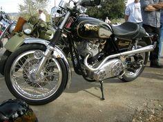 Norton Comando 750 SS (Street Special) .....nice!!!