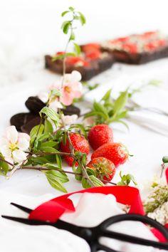No Bake Chocolate Strawberry tart