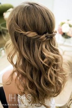 Offene festliche frisuren Related posts: heatless curly hair 15 Möglichkeiten, um Ihre Lobs (lange bob Frisur Ideen) If I decided to have an up-do for wedding day I think I would like something lik… pixels – Easy Wedding Guest Hairstyles, Prom Hairstyles For Long Hair, Flower Girl Hairstyles, Easy Hairstyles, Hair Styles Wedding Guest, Hairstyle Ideas, Amazing Hairstyles, Updo Hairstyle, Wedding Guest Hair And Makeup