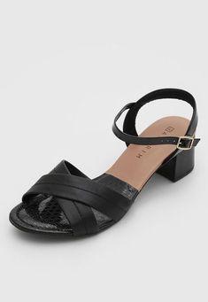 Sandália Ramarim Transpasse Preta - Marca Ramarim Sandals, Heels, Products, Fashion, Black, Painting Veneer, Top Coat, Brazil, Heel