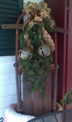 Old Christmas Sled ! ( I am going to have to find an old sled to ...
