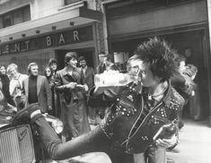セックスピストルズ、シド・ヴィシャス 1977年。