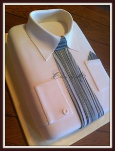 Shirt and tie Cake — Father's Day Fancy Cakes, Cute Cakes, Pretty Cakes, Gorgeous Cakes, Fathers Day Cake, Shirt Cake, Dress Shirt, Dad Cake, Creative Cakes