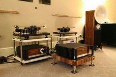 Brinkmann Spyder and Bardo  turntables  with AvanteGarde electronis driving Uno Fino speakers