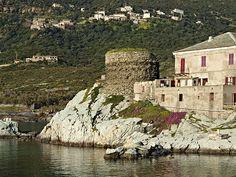 Corsica - Capicorsu - Cap Corse ---- Centuri - Vue de la tour du port Centuri