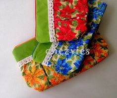 Spring Summer Wide Open Zipper Pleated Pouch  Floral by chezvies, $15.00