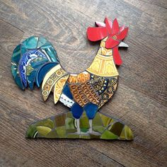 Sticking with the wildlife theme. Mosaic Crafts, Mosaic Projects, Stained Glass Projects, Art Projects, Mosaic Ideas, Tile Art, Mosaic Art, Mosaic Glass, Mosaic Animals