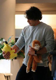 Bob Morley holding a pikachu!