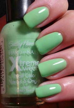 Sally Hansen Perfect Pearing
