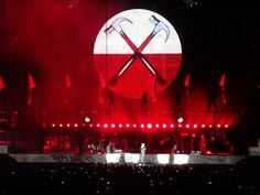 Roger Waters. The Wall Live. Москва 23.04.2011