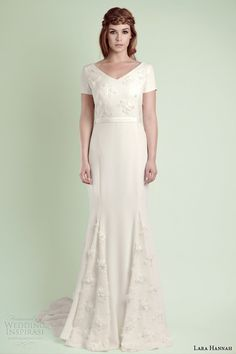 Bridal Trends 2014 : Wedding Dress Silhouettes — The Godet Skirt Modest Wedding Dresses With Sleeves, Vintage Style Wedding Dresses, Wedding Dresses 2014, Gowns With Sleeves, Vintage Dresses, 1930s Wedding, Lace Wedding, Short Sleeves, Infinity Gown
