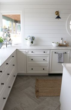 Small kitchen remodel reveal the herringbone tile floors buy tiles floor before after . Kitchen Flooring, Kitchen Remodel, Kitchen Decor, Kitchen Remodel Small, Home Kitchens, Kitchen Tiles, Rustic Kitchen, Kitchen Renovation, Kitchen Design