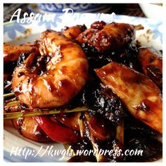 INTRODUCTION This is a long awaited post on prawns and some of the picture were a few months ago. This is a special post on Chinese ways of preparing prawns for cooking purposes and including one t…