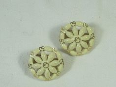 Vintage ST JOHN EARRINGS Clip Enamel Daisy by LavenderGardenCottag