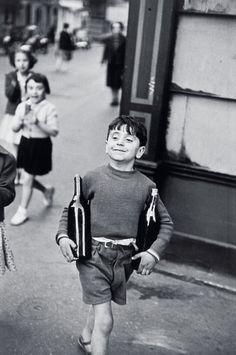 Henri Cartier-Bresson  Rue Mouffetard, Paris, 1954