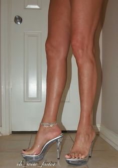 Sexy legs n heels Sexy Legs And Heels, Hot High Heels, Platform High Heels, Beautiful High Heels, Beautiful Legs, Extreme High Heels, Killer Legs, Sexy Toes, Spike Heels