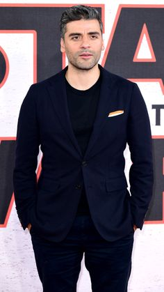Oscar Isaac at the 'Star Wars: The Last Jedi' photocall in London (2017)